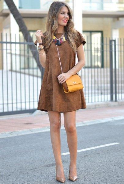 brun slida klänning i boho stil