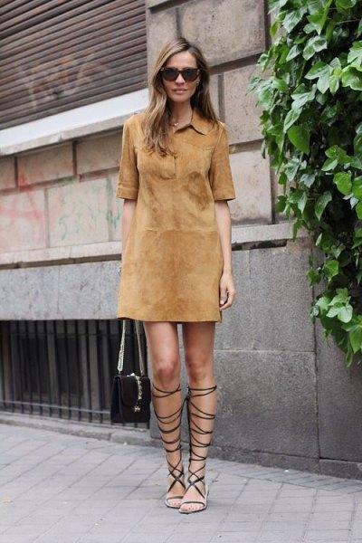 Kamel mockaskjorta klädsel gladiator sandaler