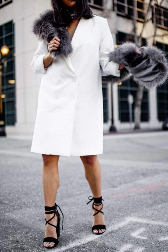 vit blazer klänning pälsdetaljer