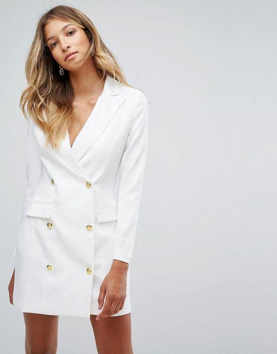 vit blazer klänning guldknappar