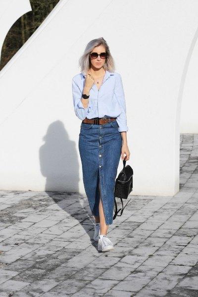 Ljusblå långärmad skjorta med lång kjol i denimslits