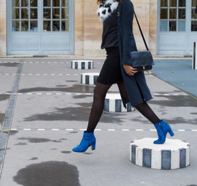 blå ankel stövlar svart penna kjolar outfit