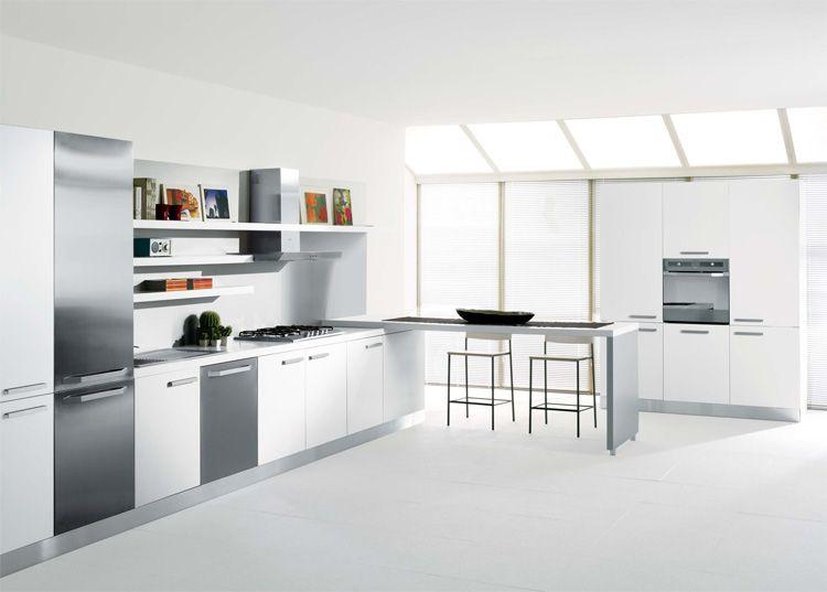ny linje med inbyggda köksmaskiner från Designed.