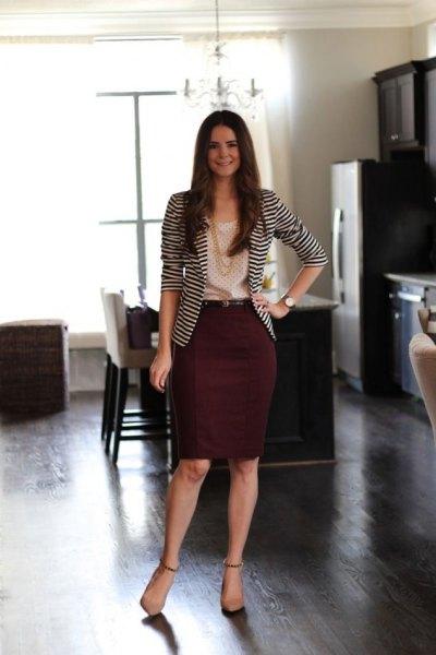 svart och vit randig kavaj med blyerts kjol