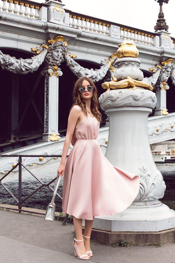 rosa sommarklänning siden