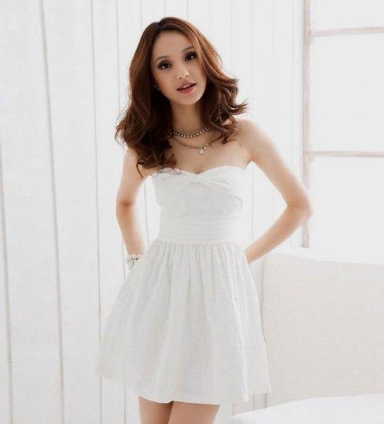 vit älskling halsringning mini baksmälla klänning