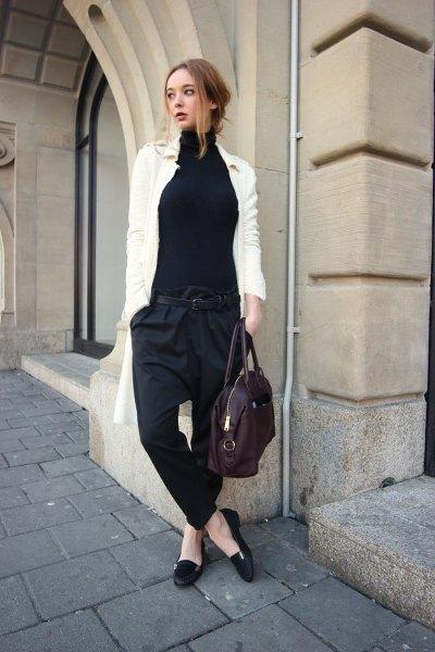 svarta loafers vit lång kofta