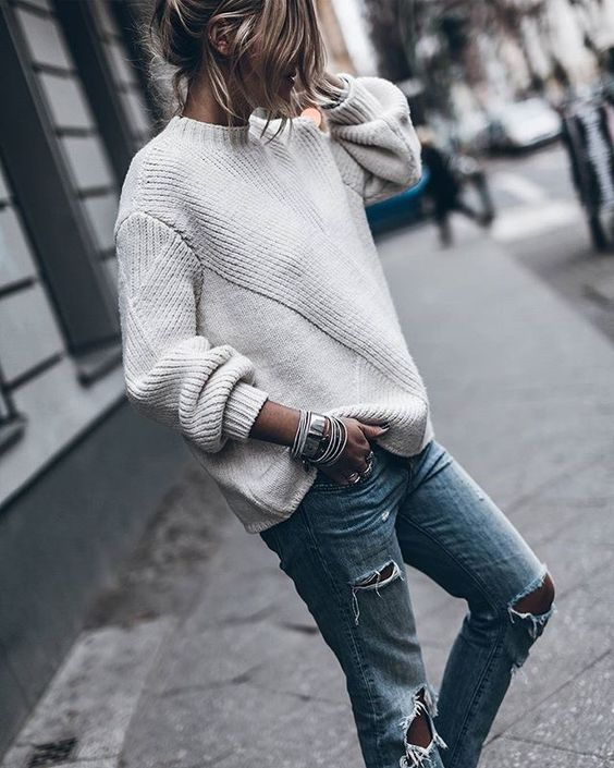 Silver manschett armband outfit vit tröja
