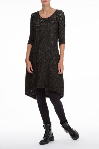 svart tre kvart ärm linne klänning spetsdetaljer