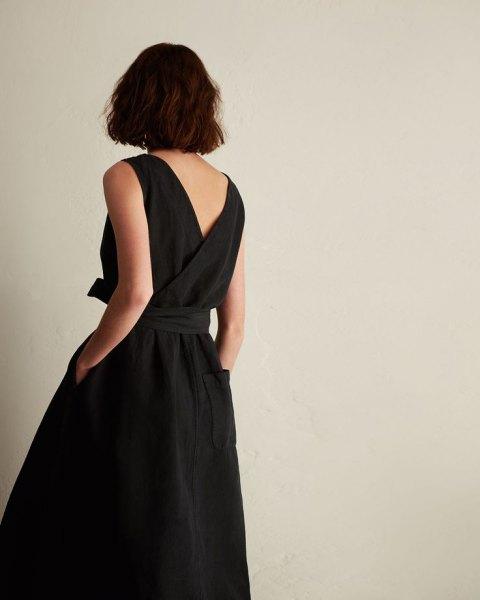 djup V-back wrap-klänning med bälte