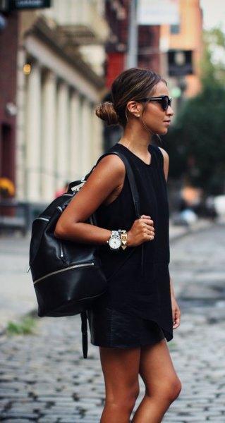 svart minikjorta klänning läder ryggsäck