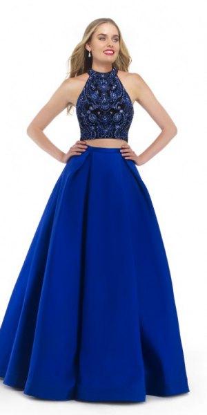 tvådelad, golvlång klänning i svart och kungsblå