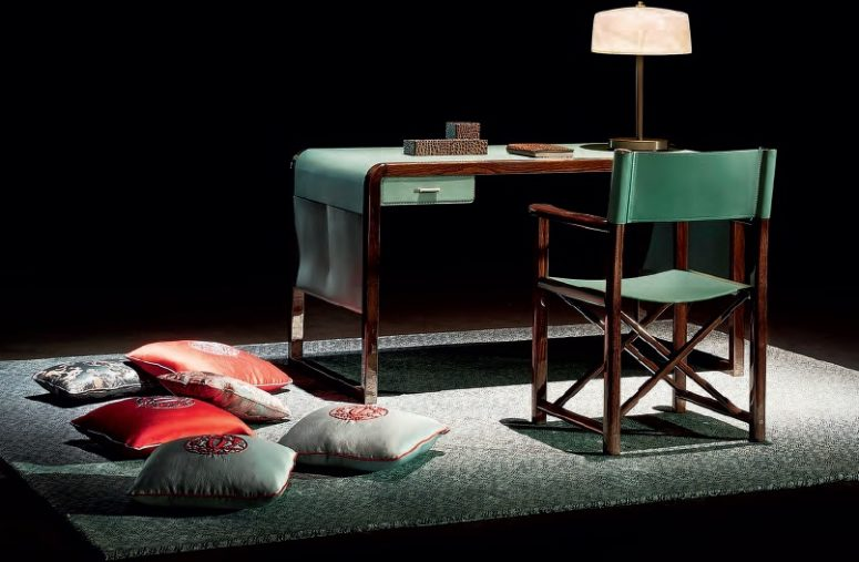 Raffinerat Jolie-skrivbord tillverkat med grönt läder och almträ - DigsDi