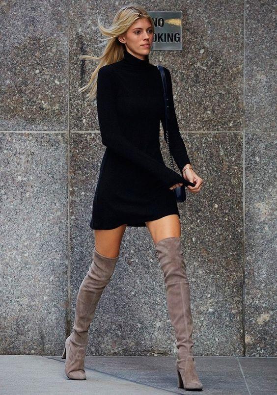 svart klänning grå överknee stövlar