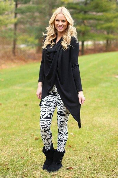 Tunika långärmad topp med svarta och vita leggings