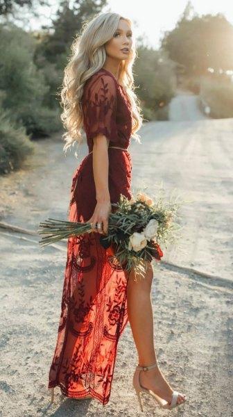 burgundy spets semi-transparent lång klänning