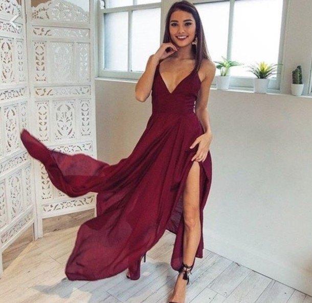 Bourgogne lång flödande split klänning