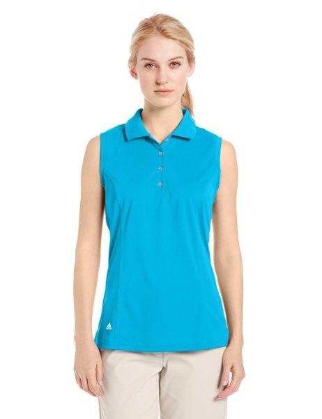 himmelblå ärmlös golfskjorta med ljusrosa chinos