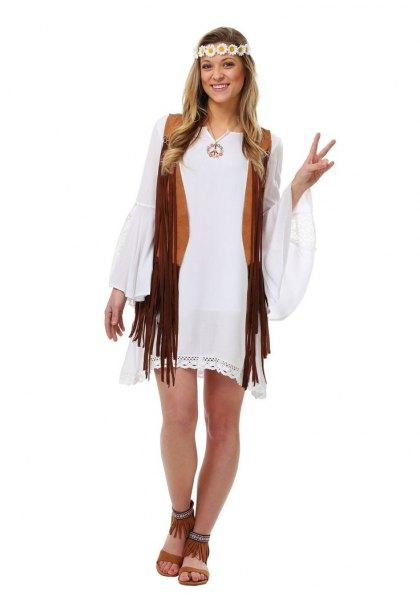 vit skiftklänning med klockärmar och svart hippiväst