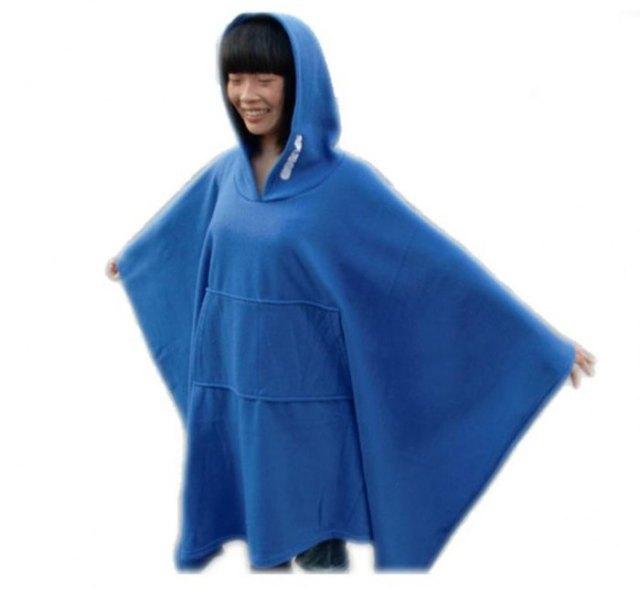 blå fleece huva med huva
