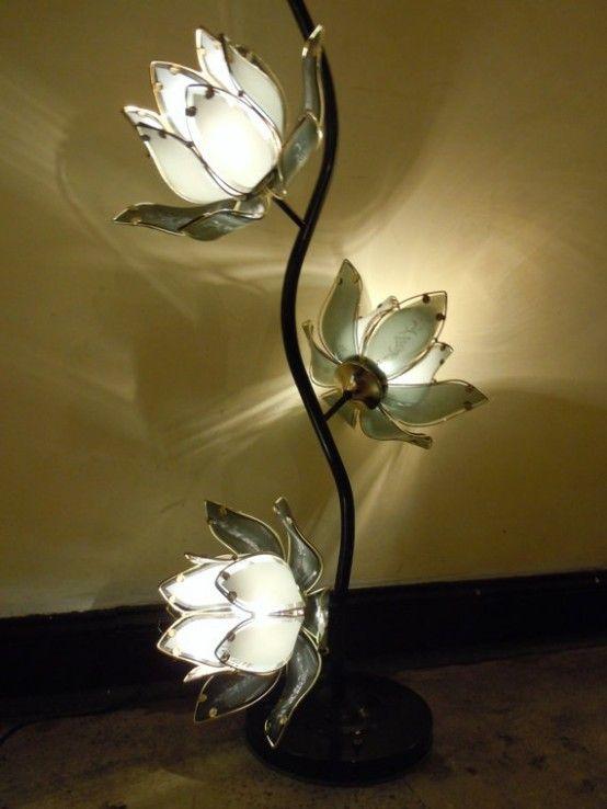 Blomma och växtinspirerade lampor    Старые лампы, Лампа, Светильник