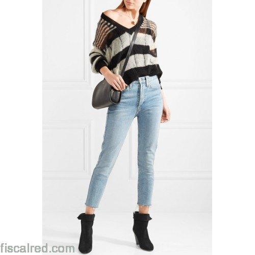 svarta och grå randiga jeans med V-ringning och korta jeans