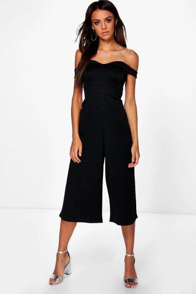 axelbandslös svart culotte overall