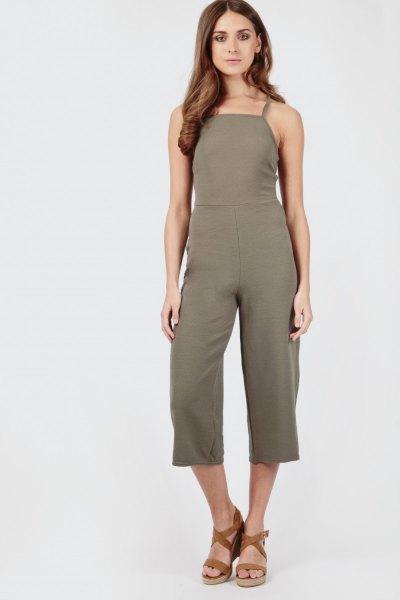 grön culotte jumpsuit strappy sandaler