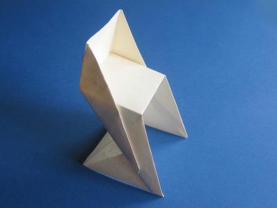 Instruktioner för vikning av origamistol - Hur man gör en Origami Cha