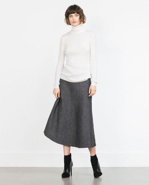 vit mock neck tröja grå ull kjol