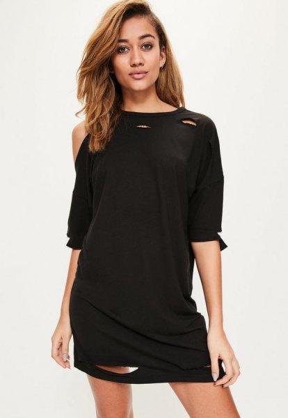 svart off shoulder t-shirt klänning med halva ärmar