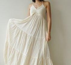 vita spagettiremmar passar och utsvängda maxi veckad klänning
