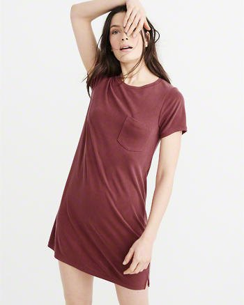 Bourgogne ficka t-shirt klänning
