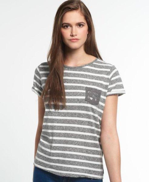 vit och grå randig t-shirt