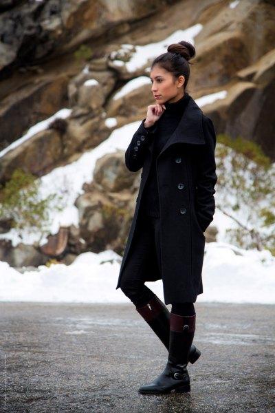 svart ullrock med miniklänning och knähöga stövlar