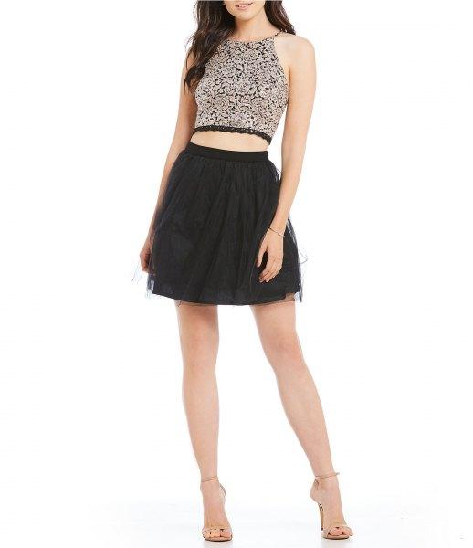 silver, kort klipptopp med svart minirater kjol