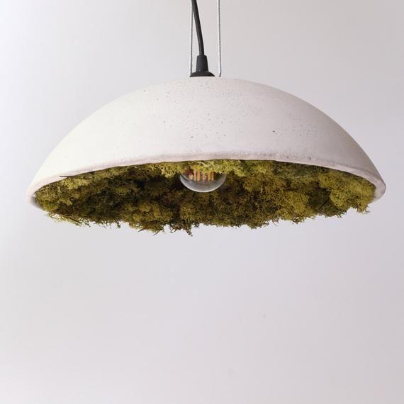 Beton-Lampenschirm mit Islandmoos |  Betonglampa, taklampor.