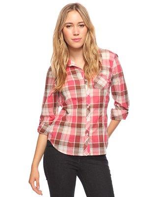 Blush rosa och vit rutig skjorta med svarta skinny jeans