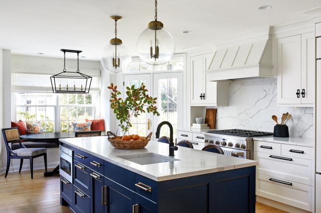 Bright Blue & White Kitchen - Traditionellt - Kök - DC Metro.