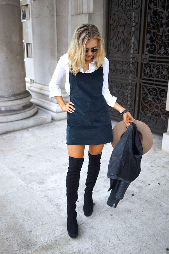 Marinblå bandklänning