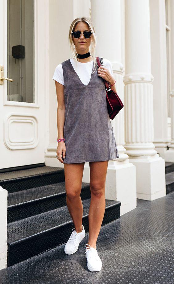Remklänning i grå mocka