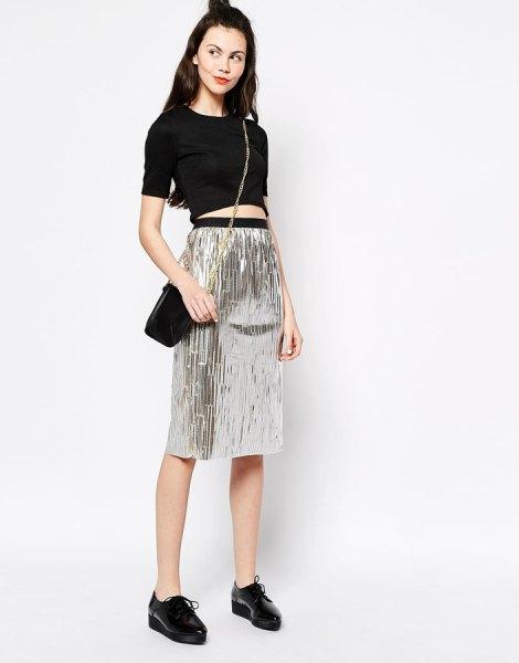 svart kort t-shirt hög midja silver metallic kjol