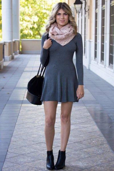 grå, tunn, figur-kramande passform och utsvängd tröja klänning