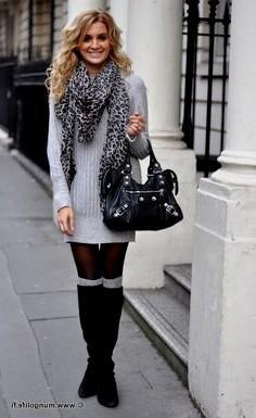 grå, ribbad tröja klänning med stickad halsduk med leopardmönster
