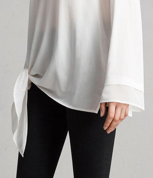 vit knuten långärmad chiffong tunika T-shirt med vida ärmar och svarta skinny jeans