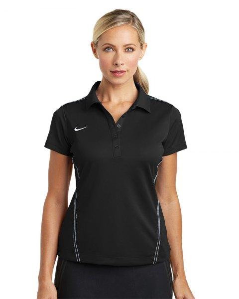 svart sportig polotröja med joggingbyxor