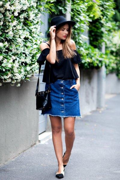Denim knapp upp kjol från axeln svart blus