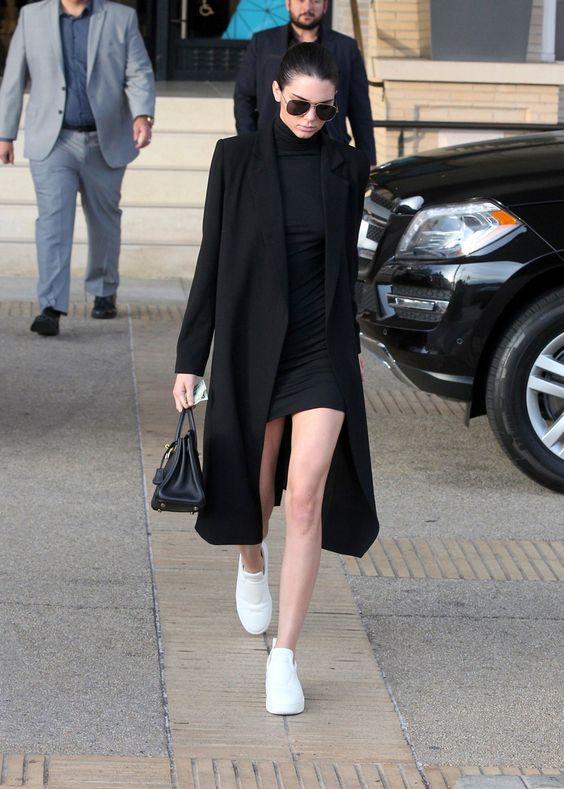 lång kappa svart bodycon klänning