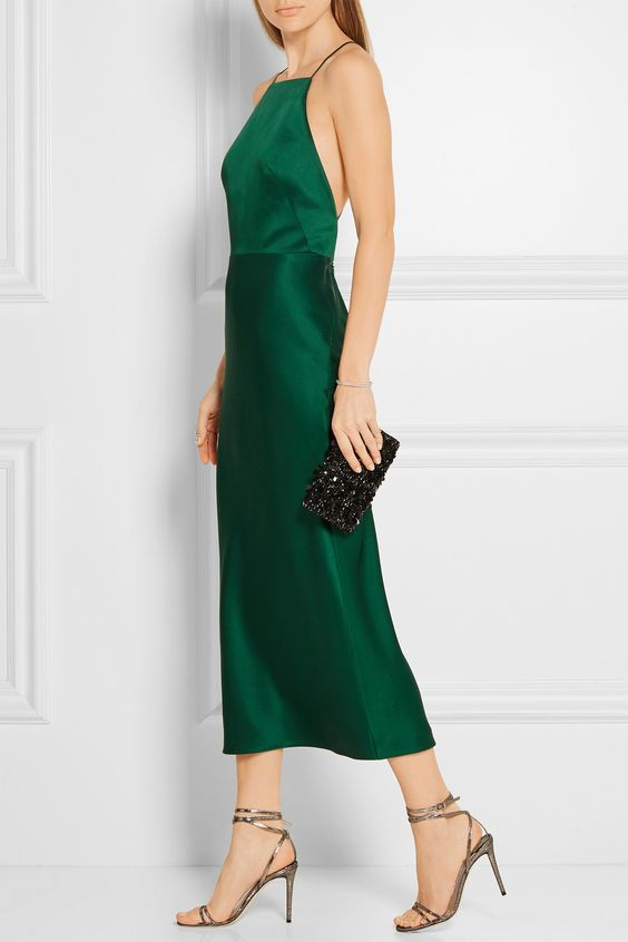Satin smaragdgrön klänning