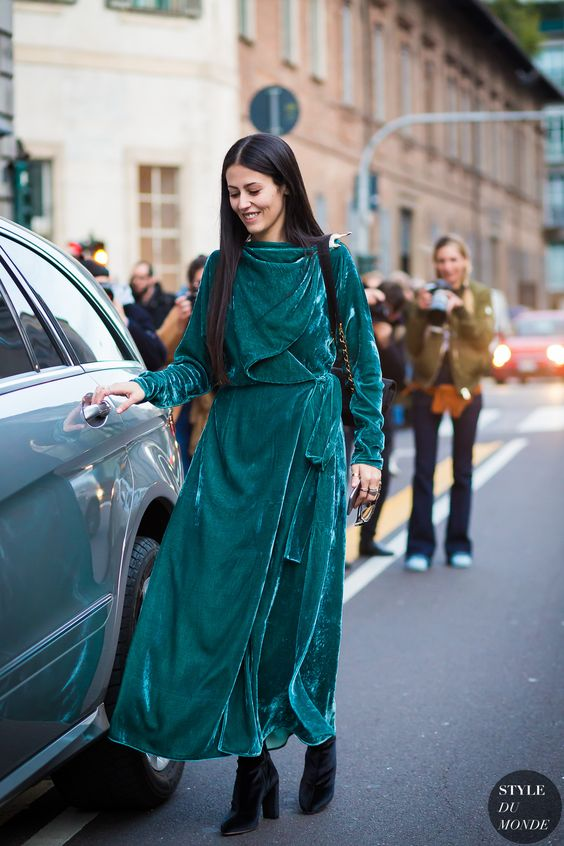 Sammet smaragdgrön klänning